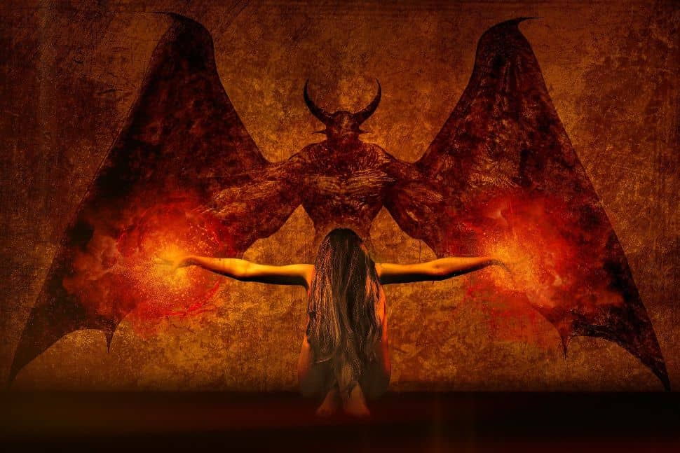 parálisis del sueño (demonio del sueño) y soñar con demonios