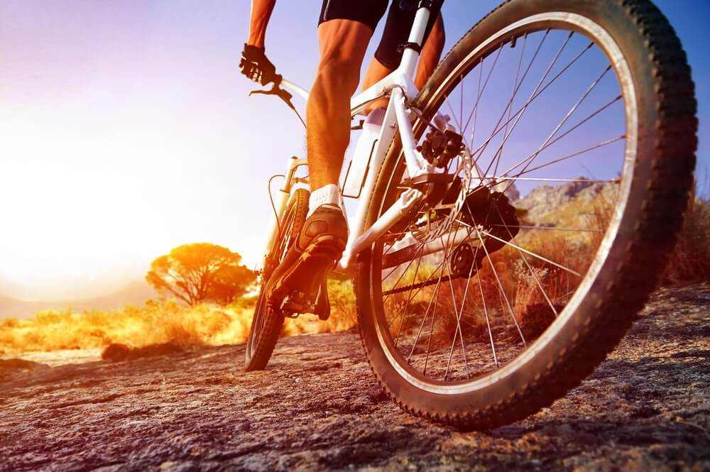 Soñar con ir en bicicleta